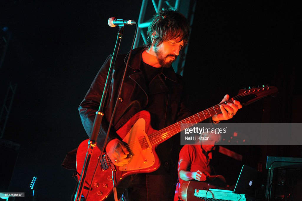 <a gi-track='captionPersonalityLinkClicked' href=/galleries/search?phrase=Gem+Archer&family=editorial&specificpeople=2237593 ng-click='$event.stopPropagation()'>Gem Archer</a> of Beady Eye performs on stage at O2 Academy on November 12, 2013 in Leeds, England.