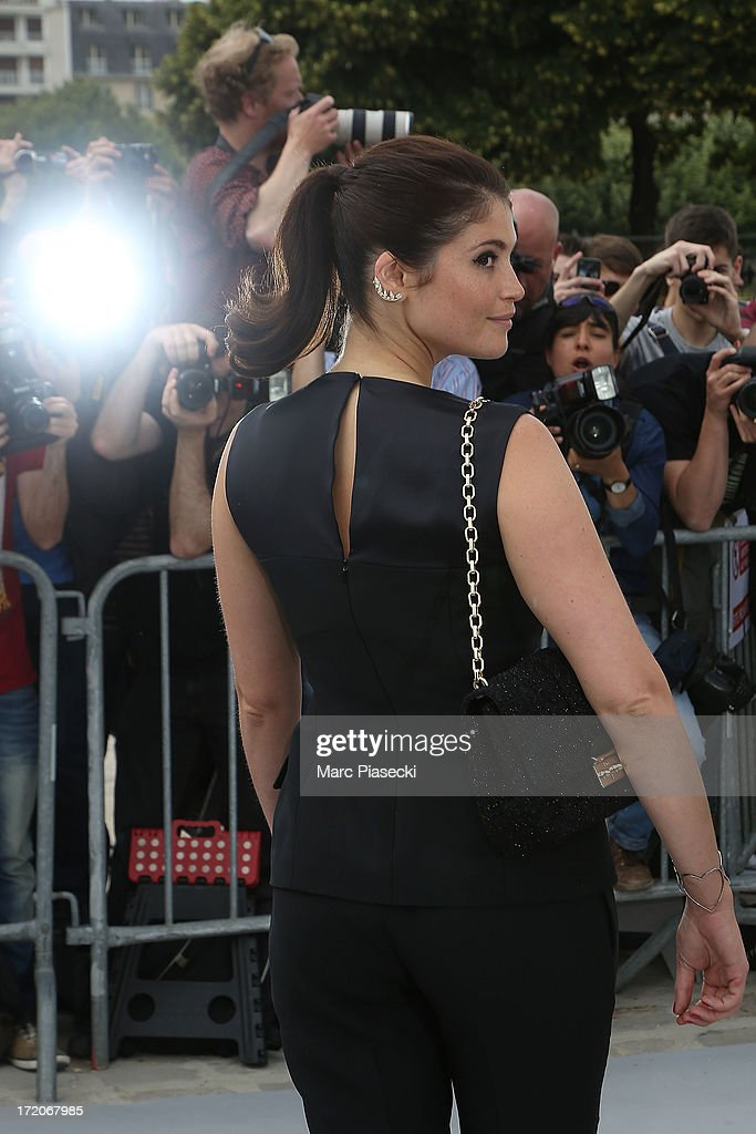 Gemma Arterton arrives to attend the Christian Dior show as part of Paris Fashion Week Haute Couture Fall/Winter 2013-2014 at on July 1, 2013 in Paris, France.