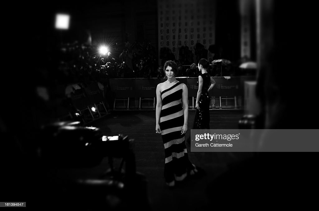 <a gi-track='captionPersonalityLinkClicked' href=/galleries/search?phrase=Gemma+Arterton&family=editorial&specificpeople=4296305 ng-click='$event.stopPropagation()'>Gemma Arterton</a> attends the EE British Academy Film Awards at The Royal Opera House on February 10, 2013 in London, England.