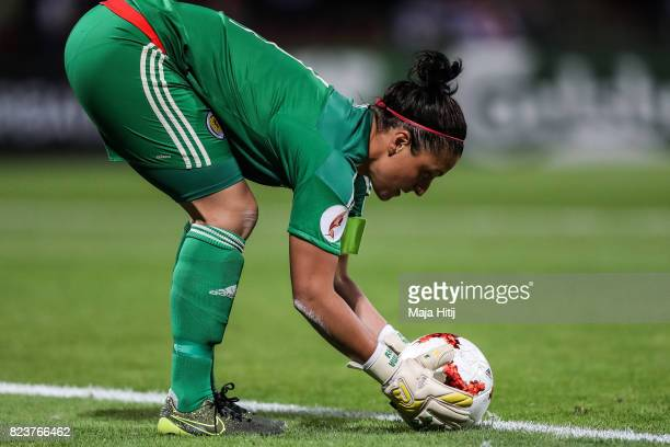 Gemma Fay of Scotland places the ball during the Group D match between Scotland and Spain during the UEFA Women's Euro 2017 at Stadion De...