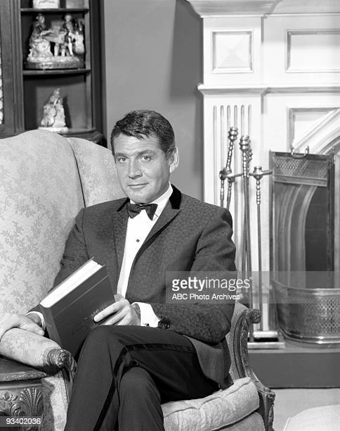 S LAW Gene Barry gallery 9/20/63 Gene Barry played Amos Burke a Los Angeles chief of detectives who also was a millionaire He lived in a palatial...