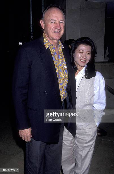 Gene Hackman and Betsy Arakawa during Hollywood Foreign Press Conference November 11 1992 at Beverly Hilton Hotel in Beverly Hills California United...