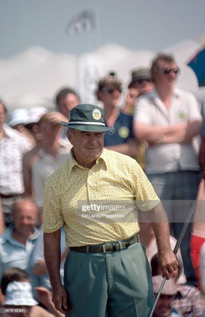 <a gi-track='captionPersonalityLinkClicked' href=/galleries/search?phrase=Gene+Sarazen&family=editorial&specificpeople=890883 ng-click='$event.stopPropagation()'>Gene Sarazen</a> of the United States during the British Open Golf Championship at the Royal Birkdale Golf Club in Southport, circa July 1976.