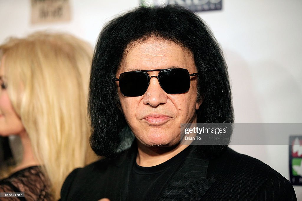 <a gi-track='captionPersonalityLinkClicked' href=/galleries/search?phrase=Gene+Simmons&family=editorial&specificpeople=138593 ng-click='$event.stopPropagation()'>Gene Simmons</a> attends Mending Kids International celebrity poker tournament at The London Hotel on December 1, 2012 in West Hollywood, California.