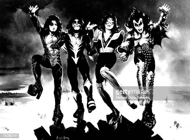Gene Simmons Paul Stanley Peter Criss and Ace Frehley of the rock and roll band 'Kiss' pose for a portrait in circa 1975