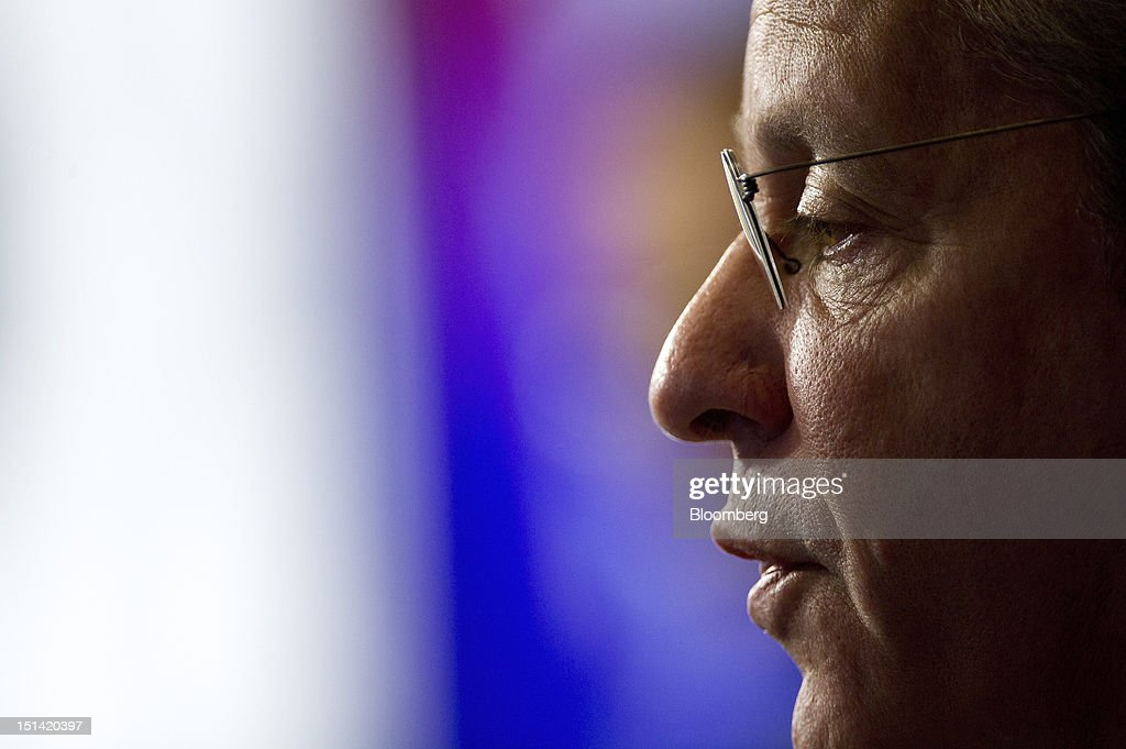 "Gene Sperling, director of the National Economic Council, speaks during an event inside the Bloomberg Link during day three of the Democratic National Convention (DNC) in Charlotte, North Carolina, U.S., on Thursday, Sept. 6, 2012. Four years after the nation made history by electing him the first African-American president, Barack Obama asked for a second term with a pledge to keep rebuilding a battered economy in a way that ""may be harder but it leads to a better place."" Photographer: David Paul Morris/Bloomberg via Getty Images"