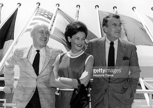 Gene Tierney Otto Preminger And Walter Pidgeon On The Cannes Festival In May 1962