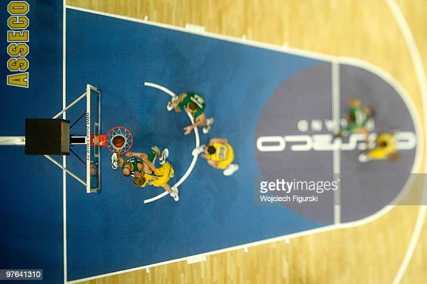 A general aerial view of action during the Euroleague Basketball 20092010 Last 16 Game 6 between Asseco Prokom Gdynia vs Unicaja at Gdynia Arena on...
