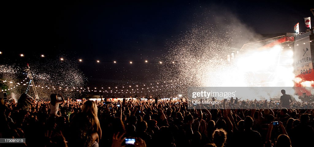 General atmosphere as Mumford & Sons perform during the Summer Stampede at the Olympic Park on July 6, 2013 in London, England.