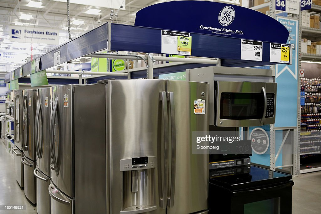 General Electric Co. (GE) home appliances are displayed for sale at a Lowe's Cos. store in Torrance, California, U.S, on Thursday, Oct. 17, 2013. General Electric Co. is scheduled to release earnings figures on Oct. 18. Photographer: Patrick T. Fallon/Bloomberg via Getty Images