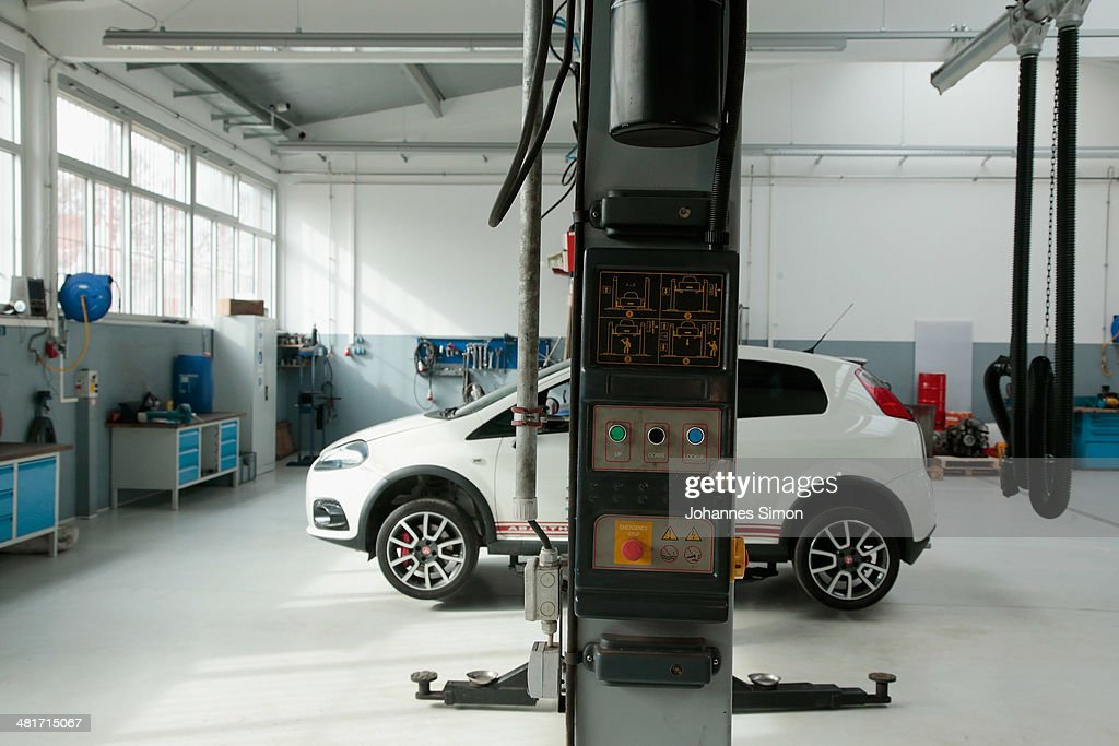 General inside view of the car repair of the Landsberg prison where former FC Bayern Muenchen president Uli Hoeness will serve his threeyear sentence...