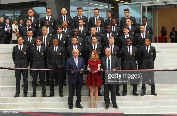 General Manager of AC Milan Adriano Galliani General Manager of AC Milan Barbara Berlusconi Mayor of Milan Giuliano Pisapia and the AC Milan players...