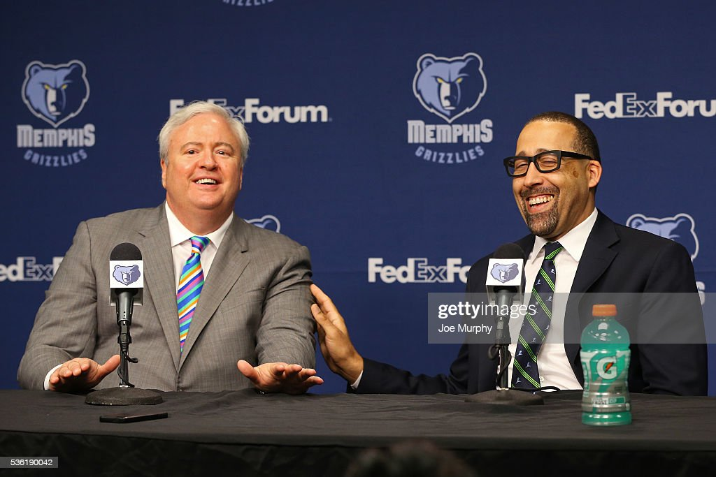 General Manager of the Memphis Grizzlies, <a gi-track='captionPersonalityLinkClicked' href=/galleries/search?phrase=Chris+Wallace+-+General+Manager&family=editorial&specificpeople=13655344 ng-click='$event.stopPropagation()'>Chris Wallace</a> introduces <a gi-track='captionPersonalityLinkClicked' href=/galleries/search?phrase=David+Fizdale&family=editorial&specificpeople=2193396 ng-click='$event.stopPropagation()'>David Fizdale</a> as head coach during a press conference on May 31, 2016 at FedExForum in Memphis, Tennessee.
