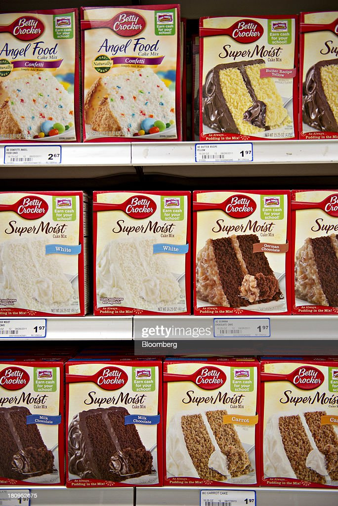 General Mills Inc. Betty Crocker brand cake mixes sits on display at a supermarket in Princeton, Illinois, U.S., on Tuesday, Sept. 17, 2013. General Mills, Inc., said net sales rose 8 percent to $4.37 billion. Photographer: Daniel Acker/Bloomberg via Getty Images
