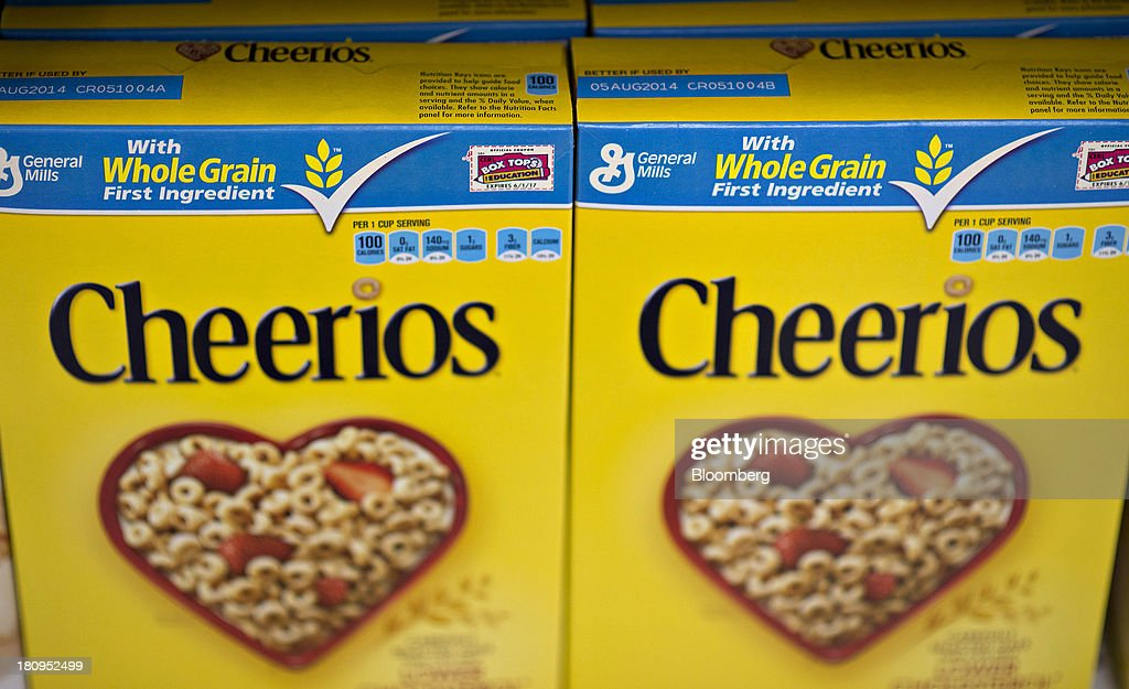 General Mills Inc. Cheerios brand cereal sits on display at a supermarket in Princeton, Illinois, U.S., on Tuesday, Sept. 17, 2013. General Mills, Inc., said net sales rose 8 percent to $4.37 billion. Photographer: Daniel Acker/Bloomberg via Getty Images