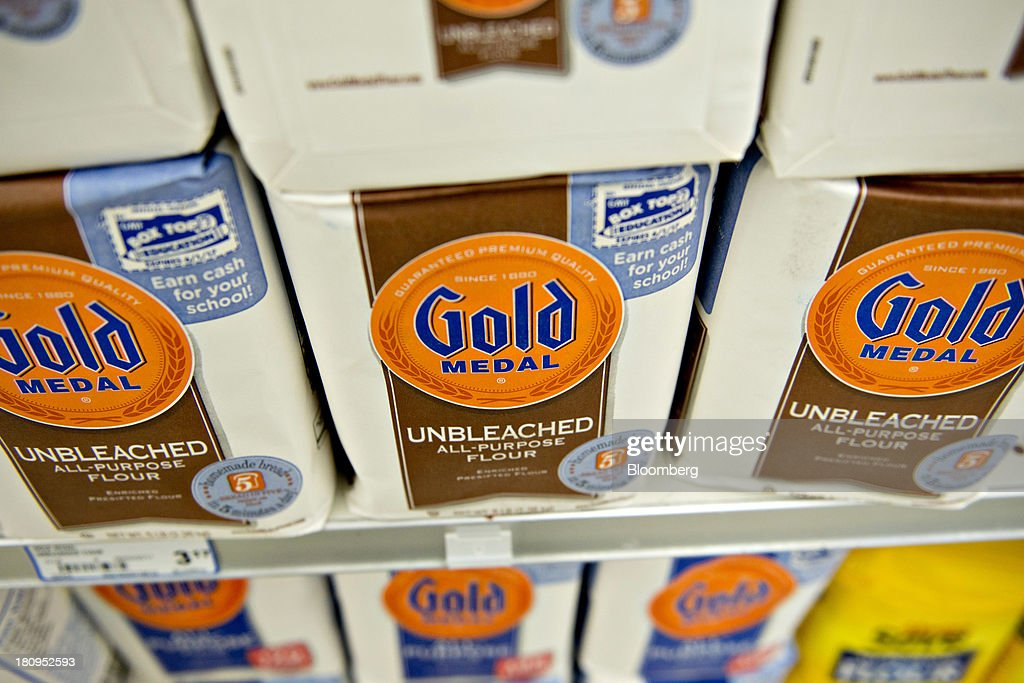 General Mills Inc. Gold Medal flour sits on display at a supermarket in Princeton, Illinois, U.S., on Tuesday, Sept. 17, 2013. General Mills, Inc., said net sales rose 8 percent to $4.37 billion. Photographer: Daniel Acker/Bloomberg via Getty Images