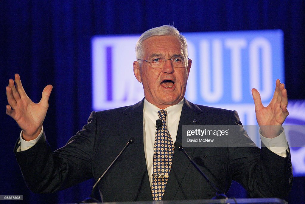 General Motors Vice Chairman <a gi-track='captionPersonalityLinkClicked' href=/galleries/search?phrase=Bob+Lutz&family=editorial&specificpeople=226686 ng-click='$event.stopPropagation()'>Bob Lutz</a> delivers the Motor Press Guild keynote address during press preview days of the 2009 LA Auto Show at the Los Angeles Convention Center on December 2, 2009 in Los Angeles, California. Auto makers are expected to unveil at least 40 North American, concept and world debuts at this year's show. The LA Auto Show will be open to the public December 4 through December 13.