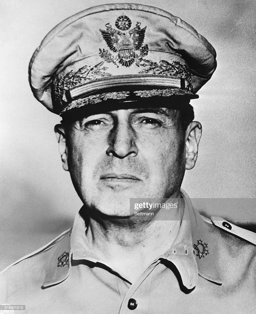 US General of the Army Douglas MacArthur in military uniform.