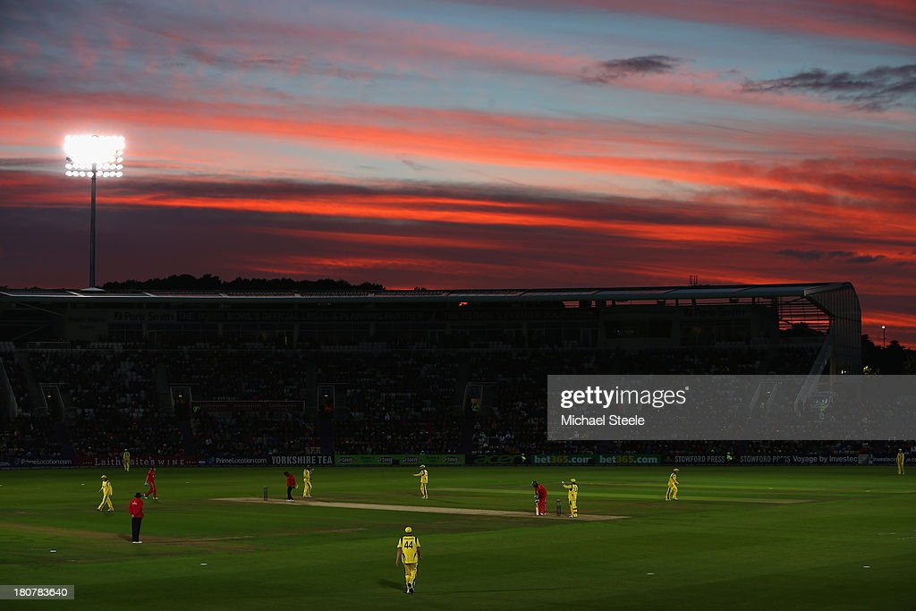 General stadium view at sunset during the 5th NatWest Series ODI between England and Australia at the Ageas Bowl on September 16, 2013 in Southampton, England.
