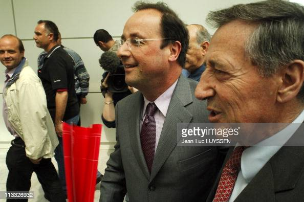General Statement Of The Socialist Party At The Congress Palace Of Bordeaux On May 6Th 2006 In Bordeaux France Here Francois Hollande