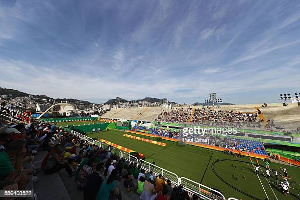 General view as France compete against Malaysia during the Men's Team Eliminations on Day 1 of the Rio 2016 Olympic Games at the Sambodromo on August...