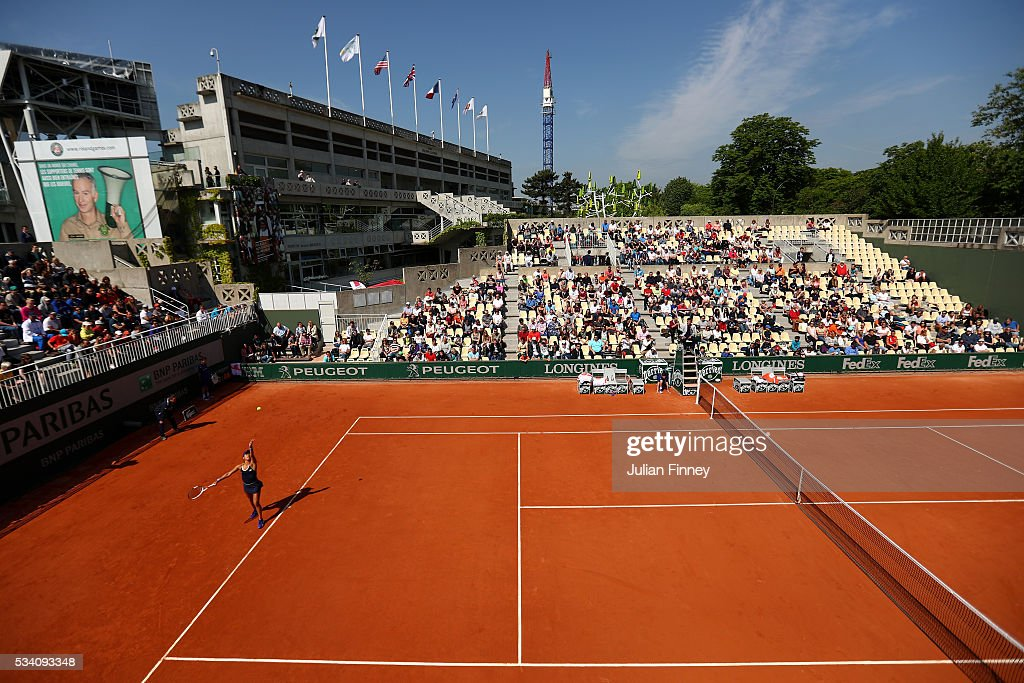 A general view as Heather Watson of Great Britain serves during the Women's Singles second round match against Svetlana Kuznetsova of Russia at Roland Garros on May 25, 2016 in Paris, France.