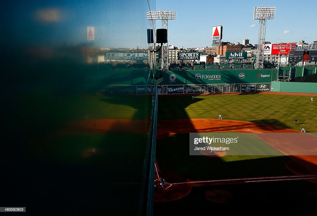 General view as <a gi-track='captionPersonalityLinkClicked' href=/galleries/search?phrase=Jake+Peavy&family=editorial&specificpeople=211320 ng-click='$event.stopPropagation()'>Jake Peavy</a> #44 of the Boston Red Sox pitches to <a gi-track='captionPersonalityLinkClicked' href=/galleries/search?phrase=Prince+Fielder&family=editorial&specificpeople=209392 ng-click='$event.stopPropagation()'>Prince Fielder</a> #84 of the Texas Rangers at Fenway Park on April 9, 2014 in Boston, Massachusetts.