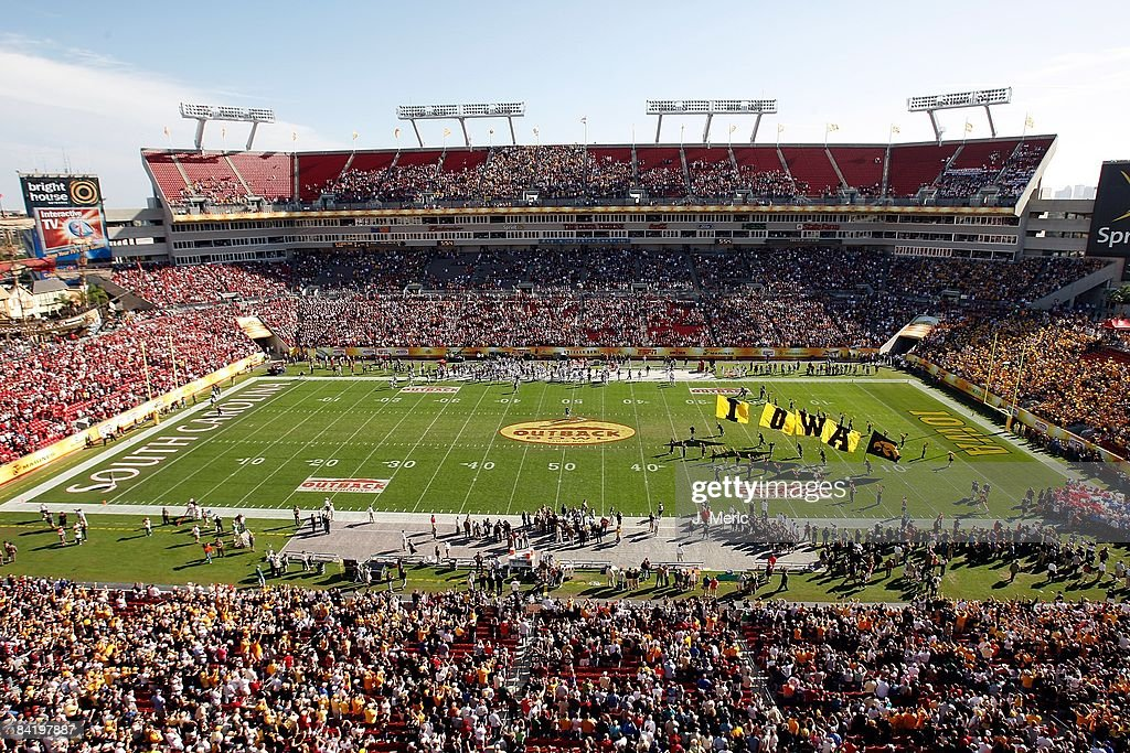 General view as the Iowa Hawkeyes take the field against the South Carolina Gamecocks just prior to the start of the Outback Bowl at Raymond James Stadium on January 1, 2009 in Tampa, Florida.