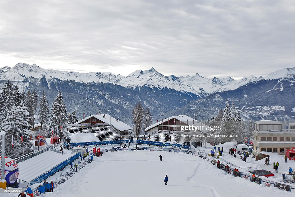 A general view as the race is cancelled during the Audi FIS Alpine Ski World Cup Women's Downhill on February 13, 2016 in Crans Montana, Switzerland.