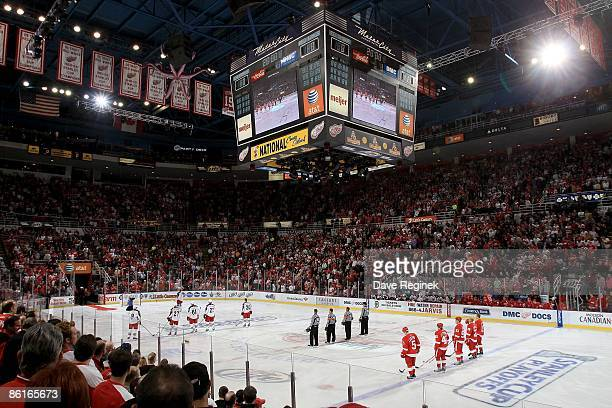 Red Wings Arena Stanley Cup Stock Photos and Pictures | Getty Images