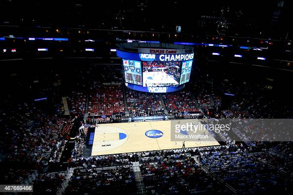 A general view as the Wisconsin Badgers take on the North Carolina Tar Heels during the West Regional Semifinal of the 2015 NCAA Men's Basketball...