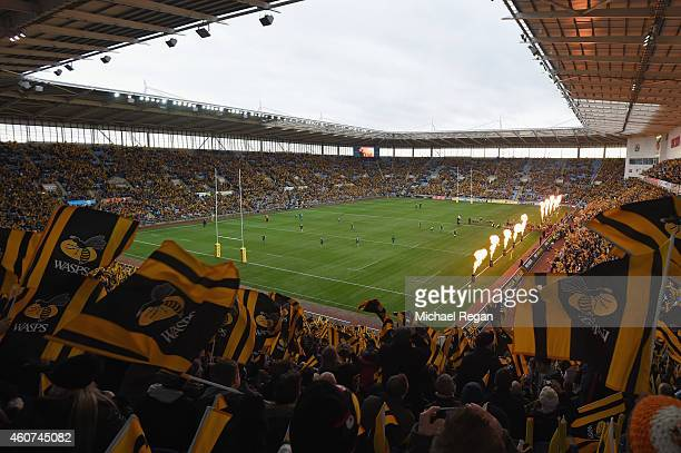 A general view as Wasps emerge onto the pitch during the Aviva Premiership match between Wasps and London Irish at the Ricoh Arena on December 21...