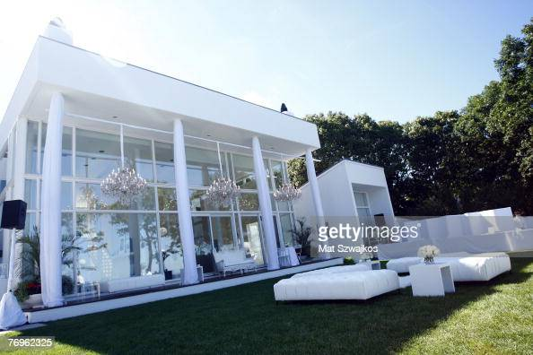 General view at 'The Real White Party' presented by Sean 'Diddy' Combs at the Combs' East Hampton estate on September 2 2007 in East Hampton New York