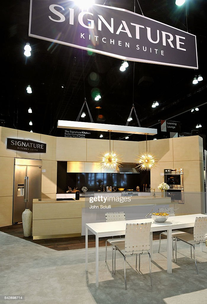 Signature kitchen suite launch at dwell on design 2016 for Signature kitchen suite