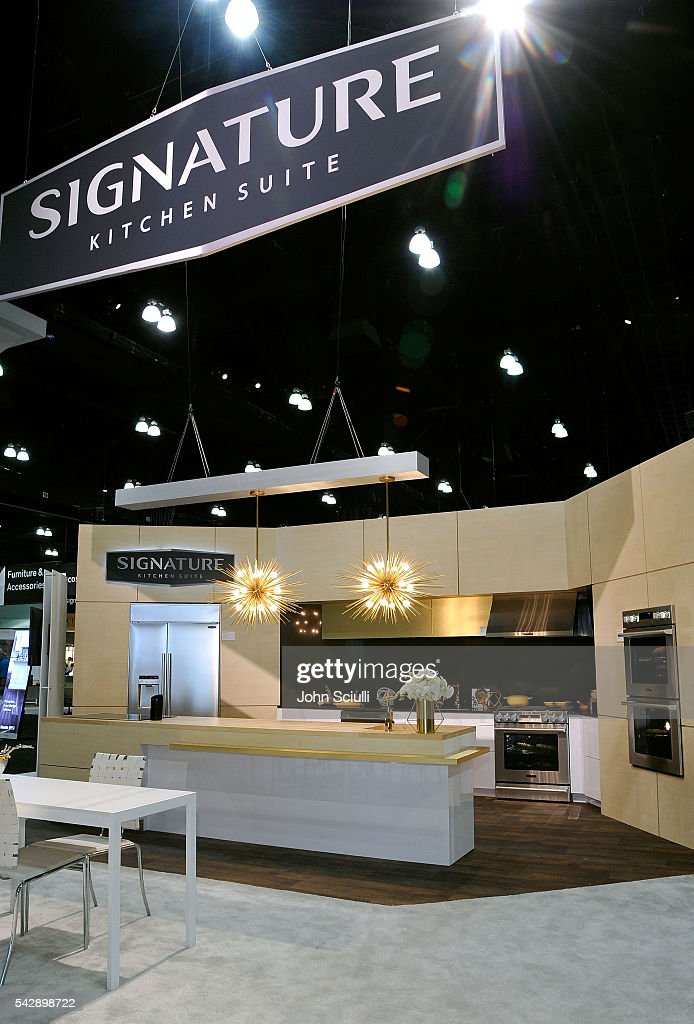 A General View At The Signature Kitchen Suite Launch Dwell On Design 2016 Los