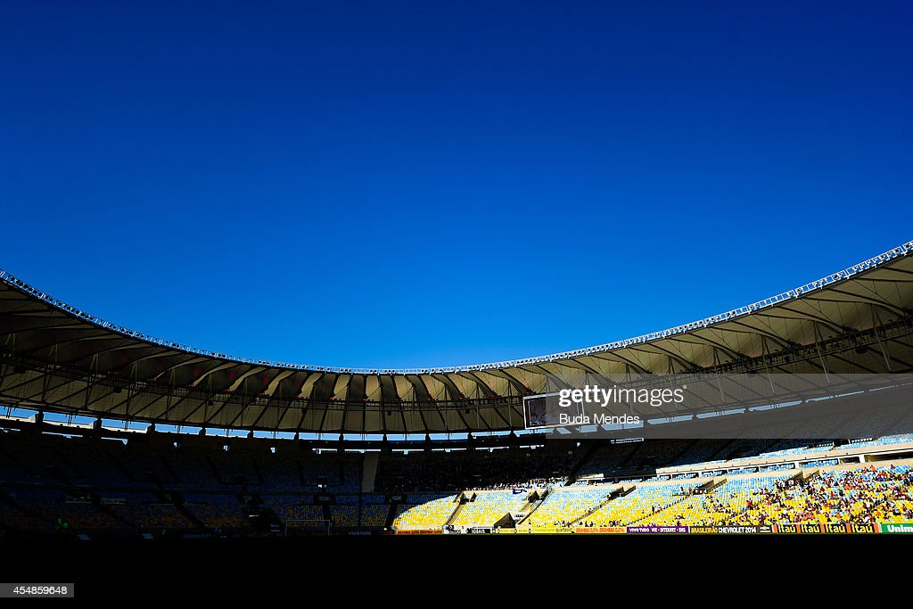 General view before a match between Fluminense and Cruzeiro as part of Brasileirao Series A 2014 at Maracana Stadium on September 07 2014 in Rio de...