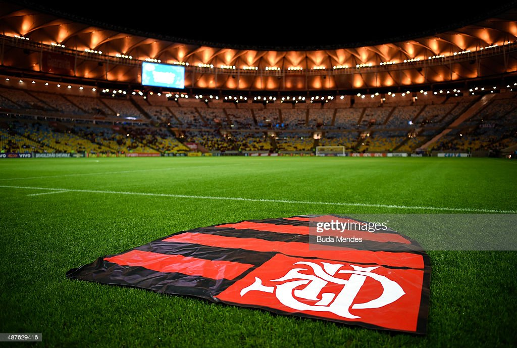 General view before the match between Flamengo and Cruzeiro as part of Brasileirao Series A 2015 at Maracana Stadium on September 10 2015 in Rio de...