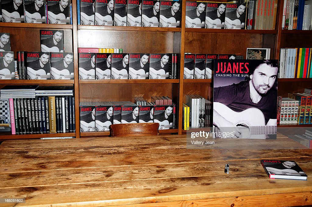 General view during Juanes greeting fans and signs copies of his book 'Chasing The Sun' at Books and Books on April 1, 2013 in Coral Gables, Florida.