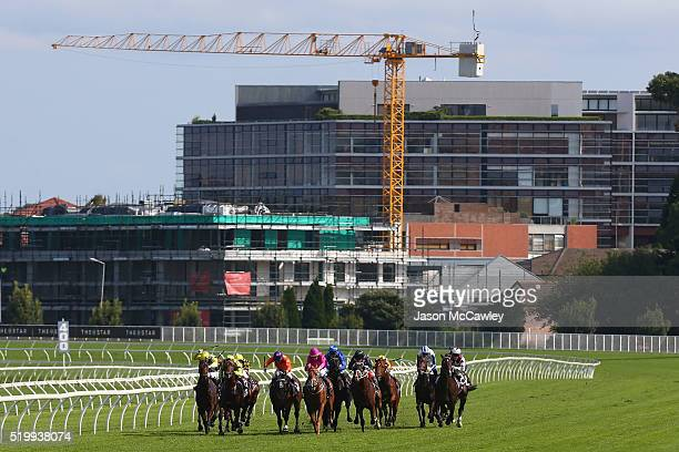 General view during Race 5 in the Arrowfield 3YO Sprint during Queen Elizabeth Stakes Day at Royal Randwick Racecourse on April 9 2016 in Sydney...