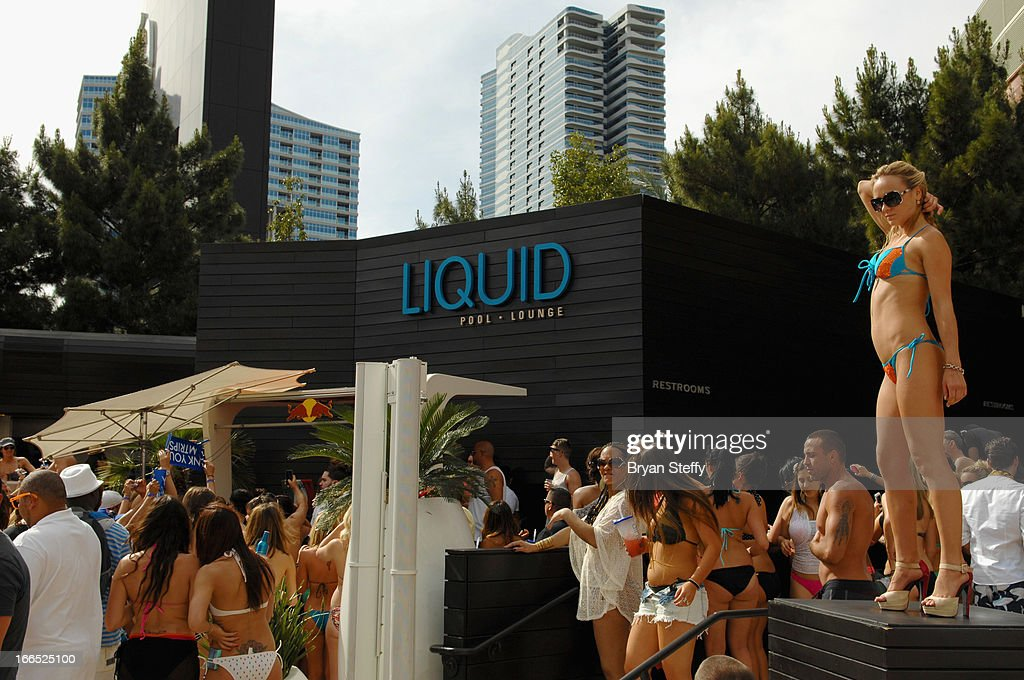 A general view during television personality DJ Paul 'Pauly D' DelVecchio performance at the Liquid Pool Lounge at the Aria Resort & Casino at CityCenter on April 13, 2013 in Las Vegas, Nevada.