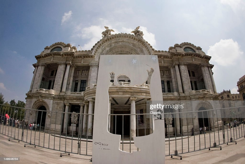 General view during the arrival of the remains of the Costa Rican singer Chavela Vargas naturalized Mexican at the Palace of Fine Arts on August 07, 2012 in Mexico City, Mexico.