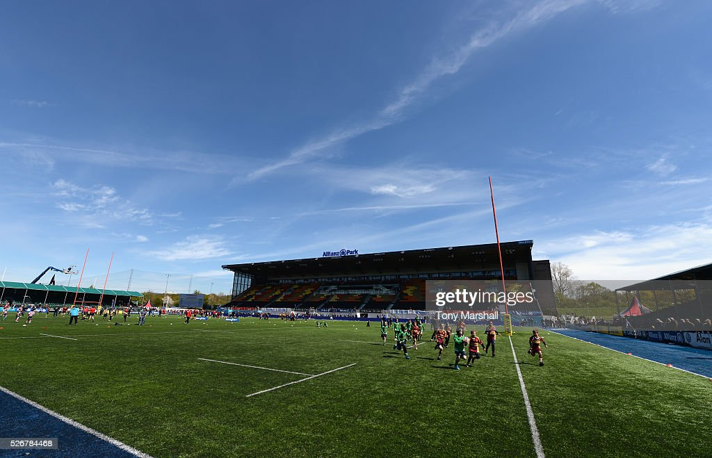 A general view during the Aviva Premiership match between Saracens and Newcastle Falcons at Allianz Park on May 1, 2016 in Barnet, England.