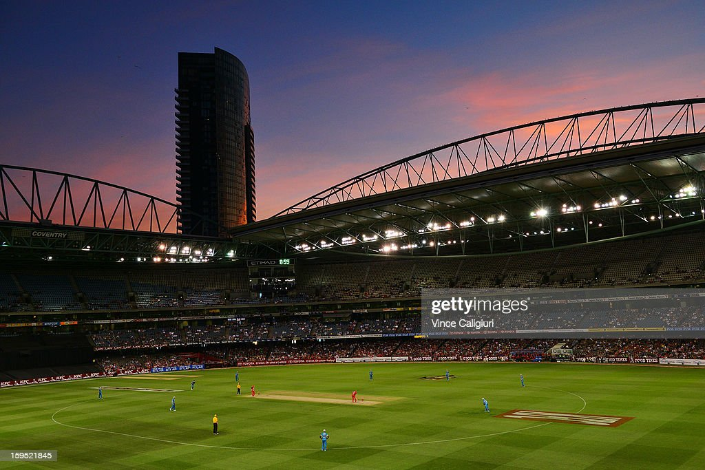 General view during the Big Bash League Semi-Final match between the Melbourne Renegades and the Brisbane Heat at Etihad Stadium on January 15, 2013 in Melbourne, Australia.