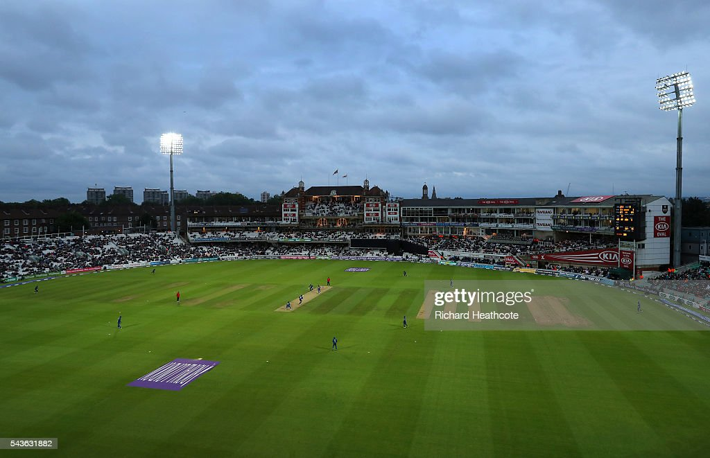 A general view during the England innings in the 4th Royal London ODI between England and Sri Lanka at The Kia Oval on June 29, 2016 in London, England.