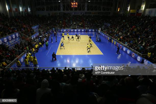 General view during the final match between Venezuela and Brasil during their Men's South American Volleyball Championship final in Santiago on...