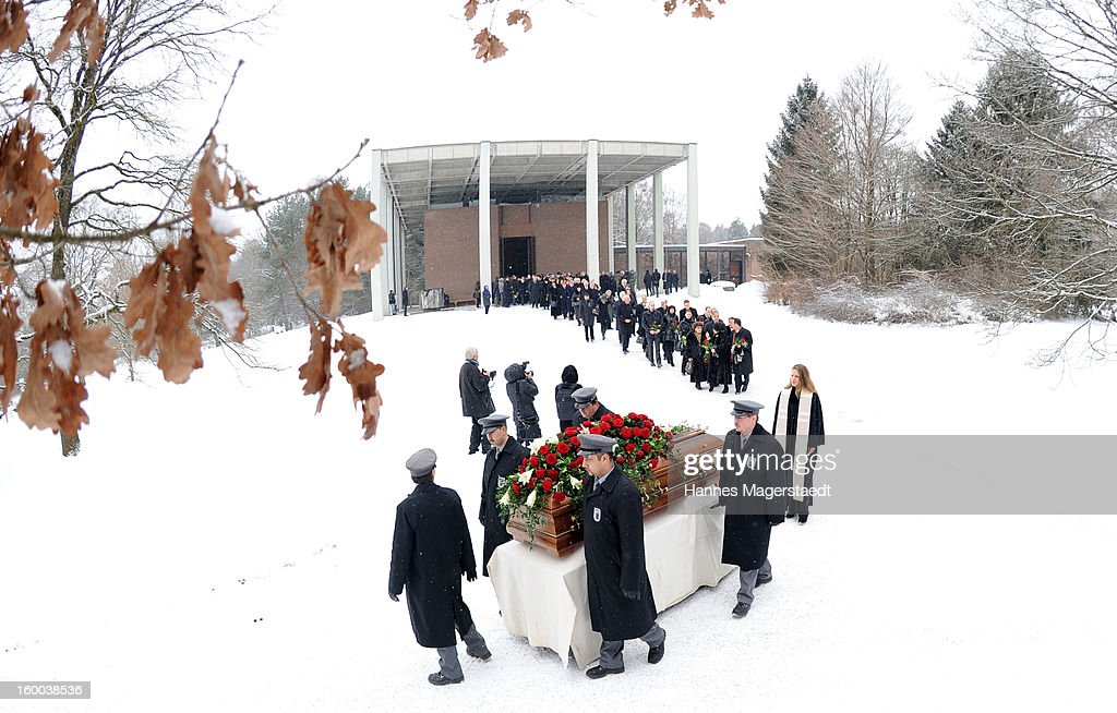 General view during the memorial service for Steffen Kuchenreuther at the Waldfriedhof on January 25, 2013 in Munich, Germany.
