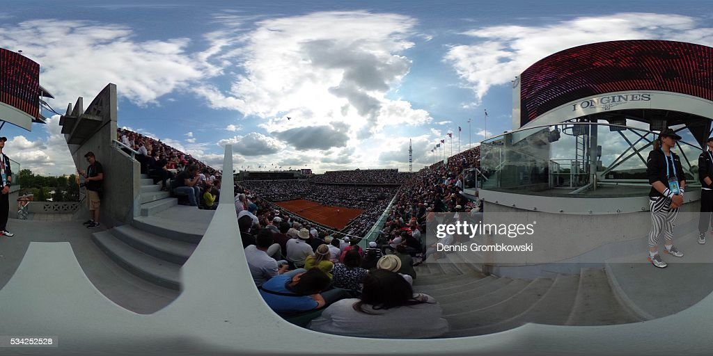 A general view during the Men's Singles Second round match between Andy Murray of Great Britain and Mathias Bourgue of France on day four of the 2016 French Open at Roland Garros on May 25, 2016 in Paris, France.