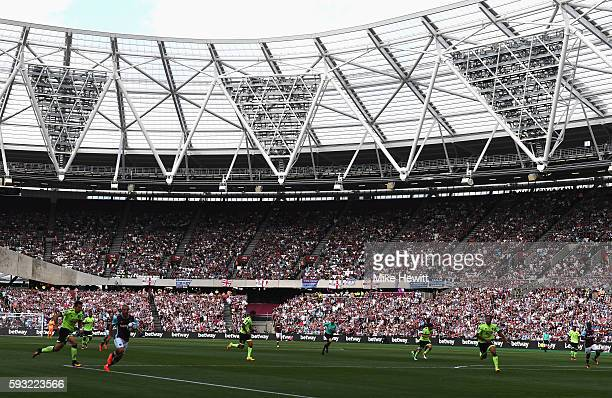 A general view during the Premier League match between West Ham United and AFC Bournemouth at London Stadium on August 21 2016 in London England