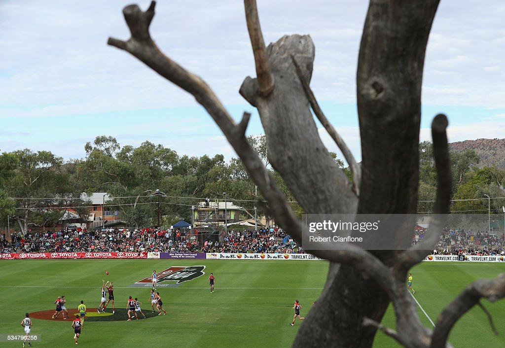 A general view during the round 10 AFL match between the Melbourne Demons and the Port Adelaide Power at Traeger Park on May 28, 2016 in Alice Springs, Australia.