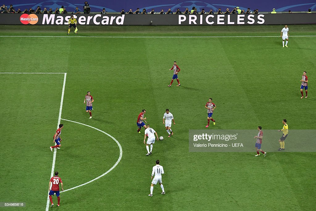 A general view during the UEFA Champions League Final between Real Madrid and Club Atletico de Madrid at Stadio Giuseppe Meazza on May 28, 2016 in Milan, Italy.